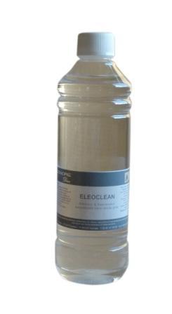 Je vous recommande ce produit : l'Eleoclean  (33€ le litre) de chez Eleonore Déco, à la fois nettoyeur (remplace la lessive St marc, diluée) et décireur (produit pur), peu nocif et très facile d'utilisation